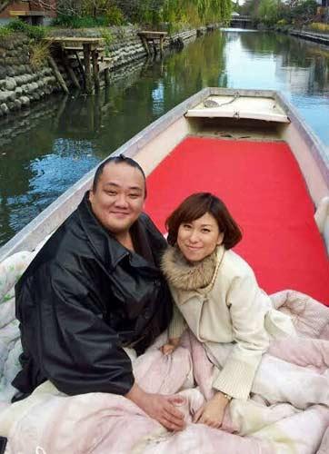 Kitataiki y su futura esposa