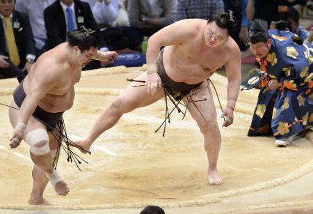 El Yokozuna Hakuho sufrió para ganar hoy