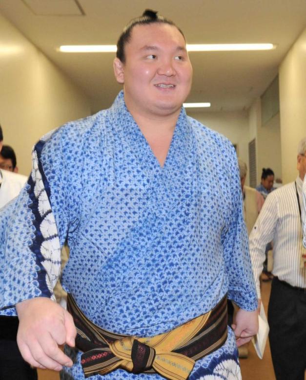 Al Yokozuna Hakuho solo le queda un rival en su lucha por conseguir un nuevo título