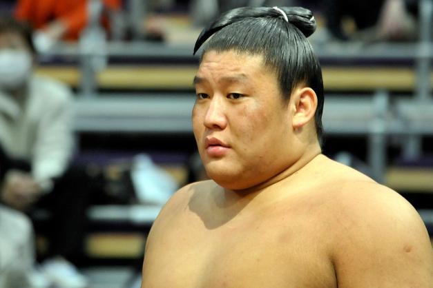 El mongol Takanoiwa es el tercer luchador con aspiraciones de conseguir el título en Nagoya (Foto: Martina Lunau)